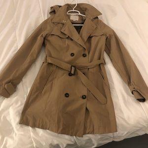 Water resistant tan trench coat